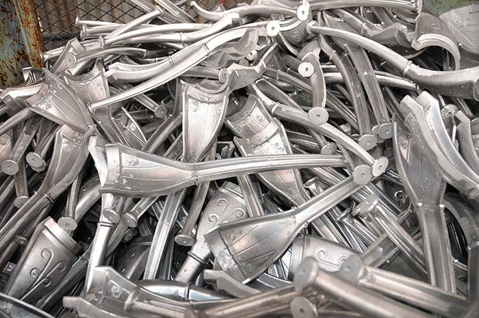 Legs that have been cast in aluminium